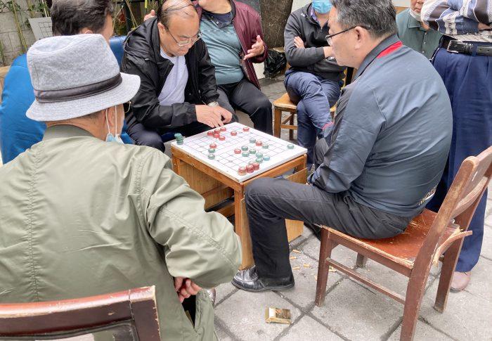 【2020年5月上海】コロナ禍は一段落、街角で中国象棋を指すおじちゃんにほっこり